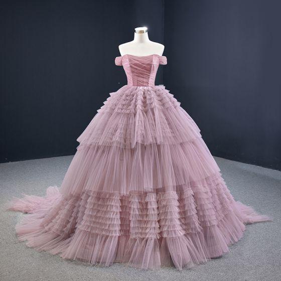 Magnífico Rosa Clara Vestidos de gala 2020 Ball Gown Fuera Del Hombro Manga Corta Colas De La Corte Volantes En Cascada Sin Espalda Vestidos Formales