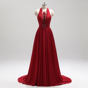 Amazing / Unique Burgundy Evening Dresses  2018 A-Line / Princess Halter Charmeuse Appliques Backless Beading Crystal Evening Party Formal Dresses