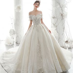Luxury / Gorgeous Ivory Wedding Dresses 2020 Ball Gown Off-The-Shoulder Beading Glitter Sequins Pearl Lace Flower Short Sleeve Backless Royal Train