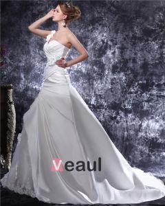 Une Epaule Perles Ruffle Etage Longueur Satin Robe De Mariée Sirène
