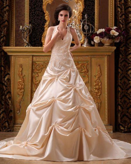 Applique De Satin Perles Chapelle Licou Une Ligne De V-cou Robe De Mariage Nuptiale Robe