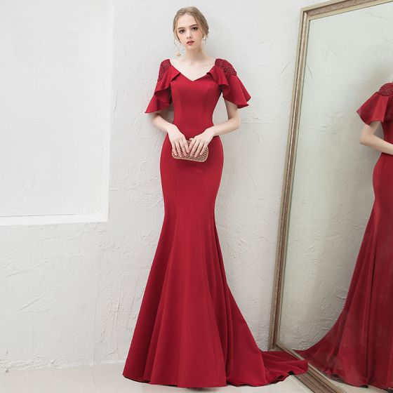 Chic / Beautiful Solid Color Burgundy Evening Dresses  Trumpet / Mermaid 2019 V-Neck Backless Beading Crystal 1/2 Sleeves Sweep Train Formal Dresses