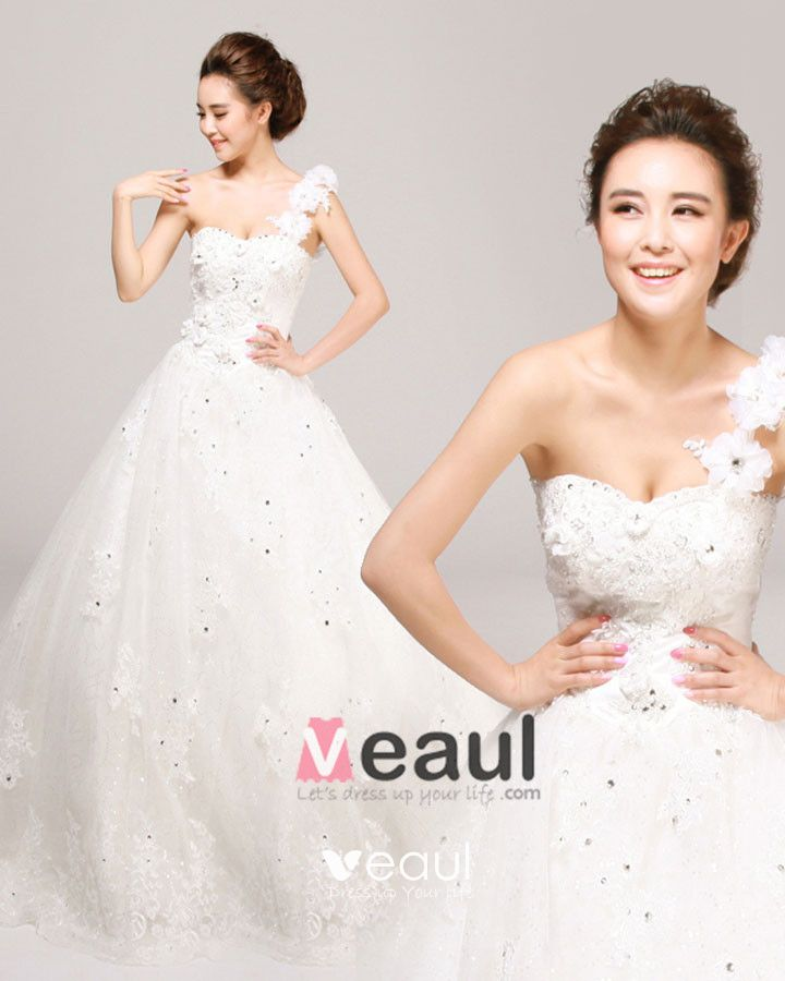 One Shoulder Beading Flower Floor Length Tulle A Line Wedding Dress