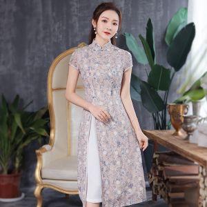 Style Chinois Beige Cheongsam 2020 Gaine / Ajustement Col Haut Manches Courtes Impression Fleur Thé Longueur Robe De Ceremonie