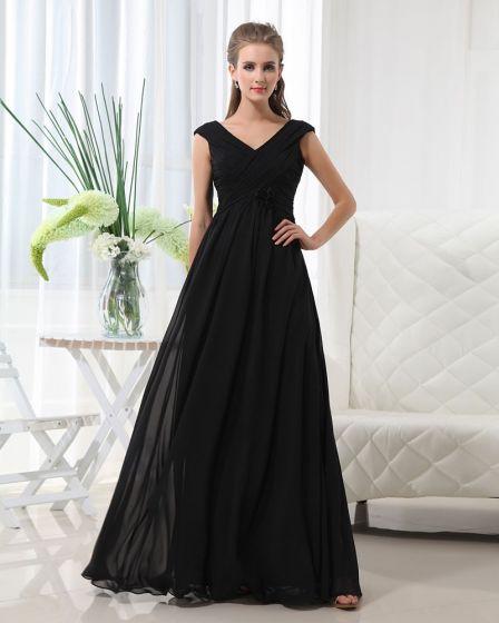 Floor Length V-Neck Chiffon Bridesmaid Dress