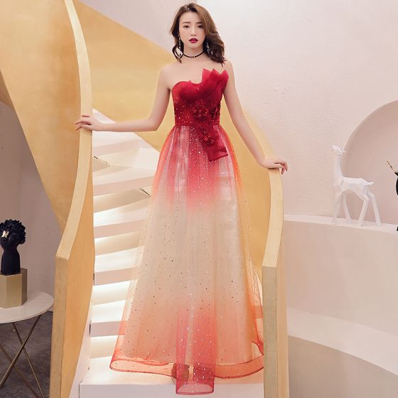 Affordable Red Gradient-Color Evening Dresses  2019 A-Line / Princess Strapless Sleeveless Appliques Lace Glitter Tulle Floor-Length / Long Ruffle Backless Formal Dresses