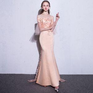 Luxe Parel Roze Avondjurken 2017 Trompet / Zeemeermin Strapless Kanten Geborduurde Appliques Ruglooze Avond Gelegenheid Jurken