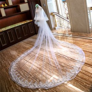 Lovely White Royal Train Wedding Tulle Lace Appliques Flower 4 m Wedding Veils 2018