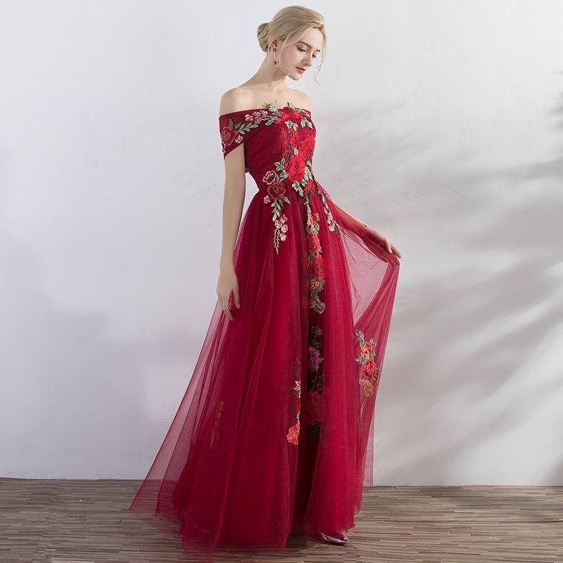 Affordable Red Evening Dresses  2019 A-Line / Princess Off-The-Shoulder Short Sleeve Appliques Embroidered Floor-Length / Long Ruffle Backless Formal Dresses