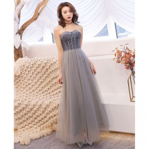 Chic / Beautiful Grey Evening Dresses  2019 A-Line / Princess Sweetheart Sleeveless Rhinestone Sash Floor-Length / Long Ruffle Backless Formal Dresses
