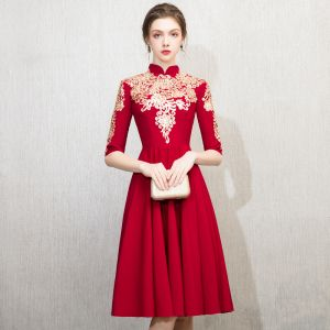 Chinese style Burgundy Homecoming Graduation Dresses 2018 A-Line / Princess High Neck 1/2 Sleeves Embroidered Tea-length Ruffle Formal Dresses