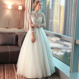 Schöne Garten / Im Freien Brautkleider 2017 Mit Spitze Blumen Perle Stehkragen Lange Ärmel Lange Saal Weiß Ballkleid