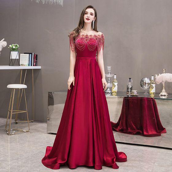 Wysokiej Klasy Satyna Burgund Sukienki Wieczorowe 2020 Princessa Przezroczyste Kwadratowy Dekolt Kótkie Rękawy Szarfa Frezowanie Rhinestone Trenem Sweep Wzburzyć Sukienki Wizytowe