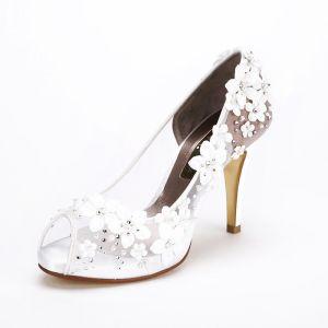 Charmant Blanche Fleur Chaussure De Mariée 2017 Peep Toes / Bout Ouvert Faux Diamant Perle 10 cm Plateforme Escarpins Talons Hauts Chaussures Femmes