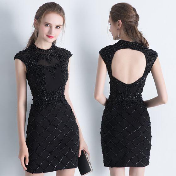 Moderne / Mode Noire Courte Robe De Fete 2017 Encolure Dégagée Sans Manches Paillettes Perlage Perle Dos Nu Robe De Ceremonie