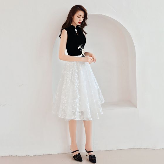 Chinese style Black White Homecoming Graduation Dresses 2019 A-Line / Princess High Neck Sleeveless Star Appliques Lace Knee-Length Ruffle Formal Dresses