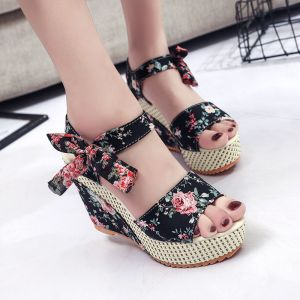 Affordable Outdoor / Garden Black Floral Womens Sandals 2020 Bow 11 cm Wedges Open / Peep Toe Sandals