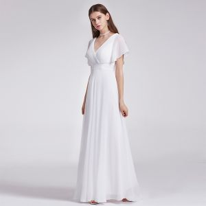 Modest / Simple Ivory Chiffon Bridesmaid Dresses 2019 Empire V-Neck Short Sleeve Sash Sweep Train Ruffle Backless Wedding Party Dresses