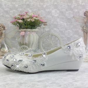 Chic / Belle 2017 Blanche Désinvolte Église Dentelle PU Appliques Faux Diamant Plate Plat Sandales Chaussure De Mariée