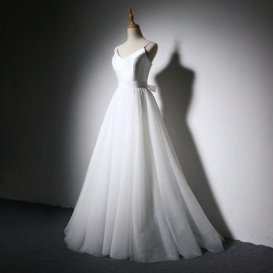 Modest / Simple Ivory Wedding Dresses 2018 A-Line / Princess Bow Spaghetti Straps Backless Sleeveless Sweep Train Wedding