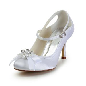 Beautiful Bridal Shoes 3 Inch Heels Ankle Strap Pumps With Pearl Bow