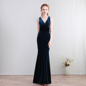 Schlicht Lange Marineblau Abendkleider 2018 Mermaid Charmeuse V-Ausschnitt Rückenfreies Abend Festliche Kleider