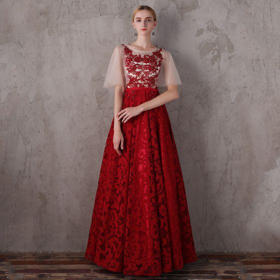 Mode Röd Balklänningar 2018 Prinsessa Urringning 1/2 ärm Appliqués Spets Beading Skärp Långa Ruffle Halterneck Formella Klänningar