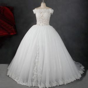 Amazing / Unique Ivory Court Train Wedding 2018 Ball Gown Lace-up Tulle Appliques Backless Pierced Strapless Wedding Dresses