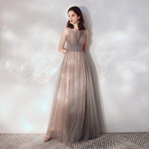 Piękne Brązowy Sukienki Wieczorowe 2019 Princessa Kwadratowy Dekolt Bez Rękawów Frezowanie Cekiny Cekinami Tiulowe Długie Wzburzyć Bez Pleców Sukienki Wizytowe