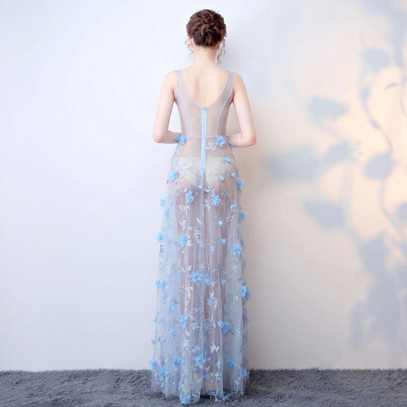 Sexy Himmelblau Durchsichtige Abendkleider 2018 A Linie V-Ausschnitt Ärmellos Applikationen Blumen Strass Lange Rüschen Rückenfreies Festliche Kleider