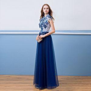 Vintage Koninklijk Blauw Avondjurken 2018 A lijn Kant Bloem Parel Pailletten Hoge Kraag Mouwloos Lange Gelegenheid Jurken