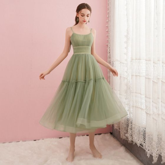Modest / Simple Sage Green Homecoming Graduation Dresses 2019 A-Line / Princess Spaghetti Straps Sleeveless Tea-length Ruffle Backless Formal Dresses