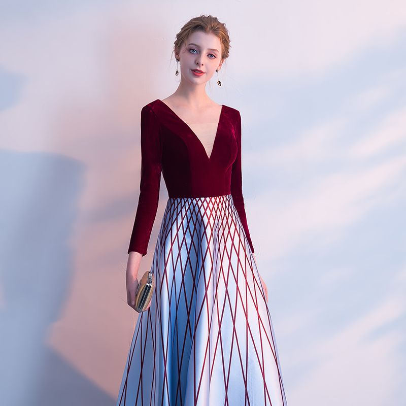 Chic / Beautiful Burgundy Evening Dresses  2018 A-Line / Princess Striped V-Neck Long Sleeve Ankle Length Formal Dresses