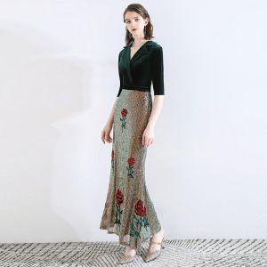 Klasyczna Ciemnozielony Sukienki Wieczorowe 2020 Syrena / Rozkloszowane Zamszowe V-Szyja Cekiny 1/2 Rękawy Długość Kostki Sukienki Wizytowe