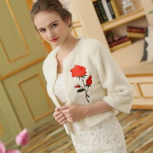 White Winter Scoop Neck 3/4 Sleeve Faux Fur Embroidered Wedding Prom Coats / Jackets 2017
