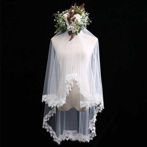 Mode Weiß Kurze 3D Spitze Chiffon Spitze Brautschleier 2019
