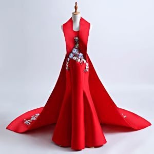 Chinese style Red Chapel Train Evening Dresses  2018 Trumpet / Mermaid Charmeuse Appliques Backless Halter Evening Party Formal Dresses