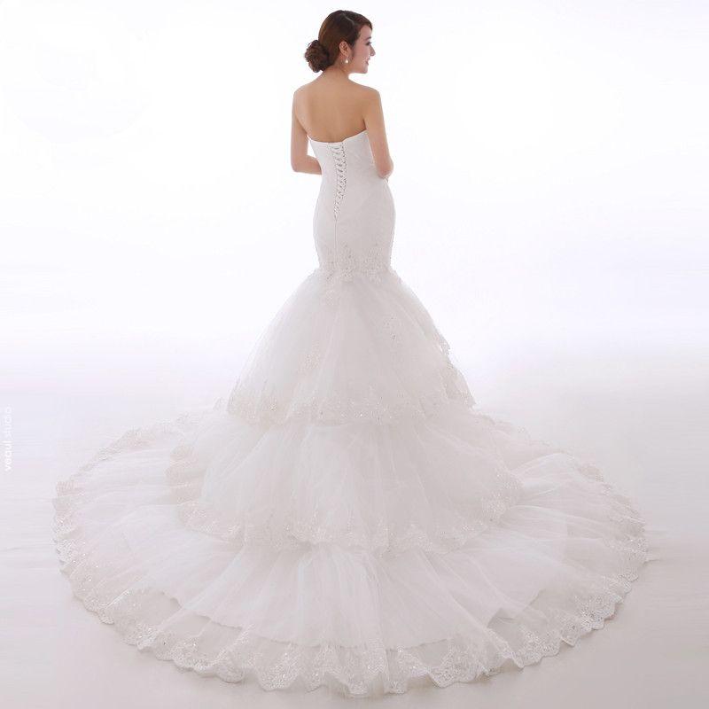 Chic / Beautiful Hall Wedding Dresses 2017 White Trumpet / Mermaid Chapel Train Sweetheart Sleeveless Backless Lace Appliques Rhinestone