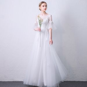 Elegant White See-through Evening Dresses  2019 A-Line / Princess Scoop Neck Bell sleeves Appliques Lace Floor-Length / Long Ruffle Backless Formal Dresses
