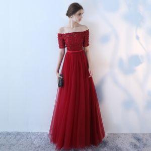 Schöne Rot Abendkleider 2017 A Linie Künstliche Blumen Schleife Off Shoulder Rückenfreies Kurze Ärmel Knöchellänge