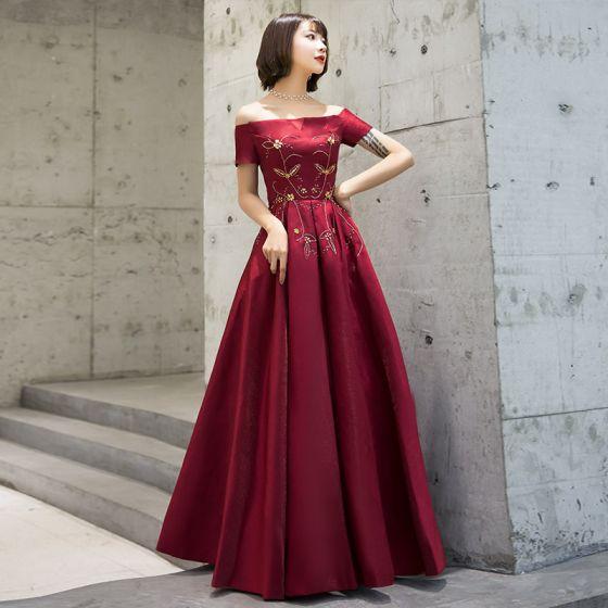 0b9b6db371 Piękne Burgund Sukienki Wieczorowe 2019 Princessa Przy Ramieniu Kótkie  Rękawy Frezowanie Długie Wzburzyć Bez Pleców Sukienki Wizytowe