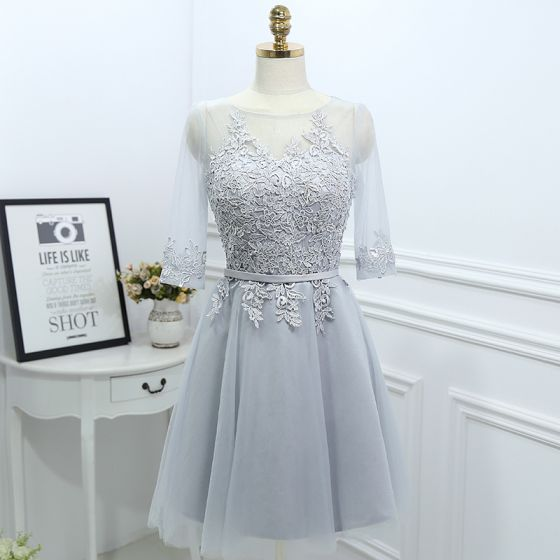 Schlicht Grau Brautjungfernkleider 2017 A Linie Spitze Blumen Rundhalsausschnitt 3/4 Ärmel Kurze Kleider Für Hochzeit