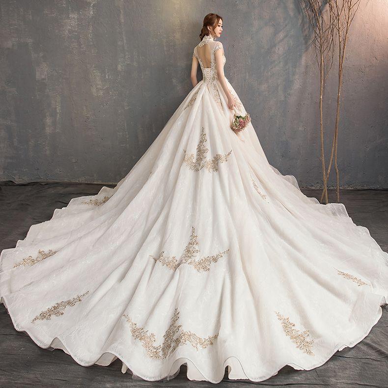 Vintage Chinesischer Stil Champagner Brautkleider / Hochzeitskleider 2019 A Linie Stehkragen Spitze Blumen Ärmel Rückenfreies Königliche Schleppe