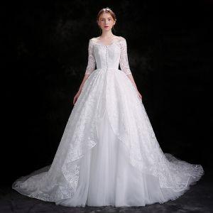 Schöne Weiß Brautkleider 2018 Ballkleid Schaltflächen Mit Spitze Pailletten Off Shoulder 3/4 Ärmel Kapelle-Schleppe Hochzeit