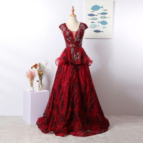 Luxus / Herrlich Burgunderrot Handgefertigt Abendkleider 2020 Festliche Kleider Rückenfreies Kristall Blumen Spitze Strass Pailletten Tülle Abend