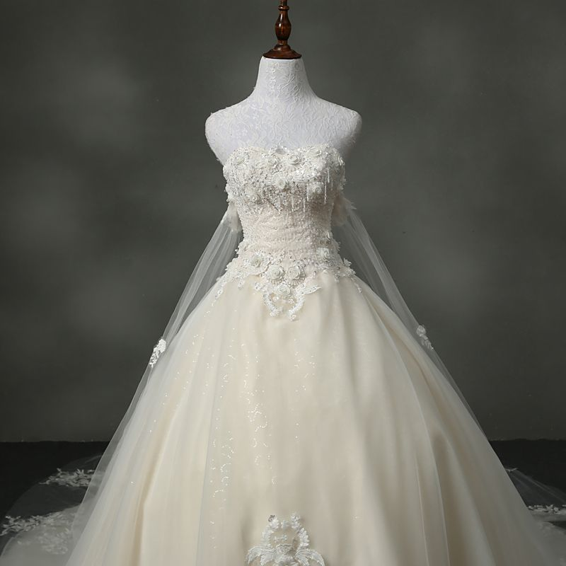Chic / Beautiful Church Wedding Dresses 2017 Sequins Beading Lace Appliques Flower Backless Sleeveless Sweetheart Cathedral Train Champagne Ball Gown