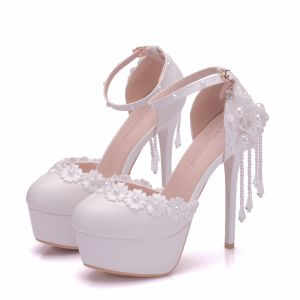 Modern / Fashion White Wedding Shoes 2018 Lace Flower Ankle Strap Pearl Tassel 14 cm Stiletto Heels Round Toe Wedding High Heels