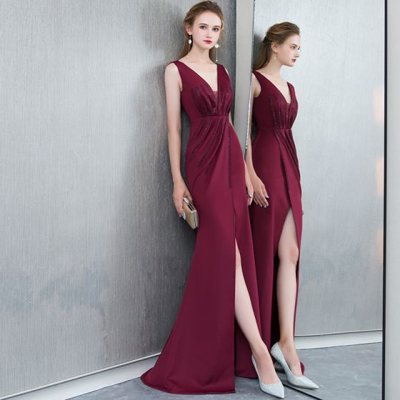 Uroczy Burgund Sukienki Wieczorowe 2019 Syrena / Rozkloszowane Rhinestone V-Szyja Bez Rękawów Bez Pleców Podział Przodu Długie Sukienki Wizytowe
