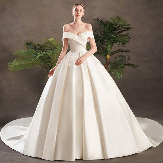 Brautkleider satin