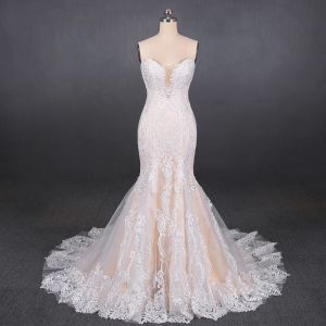 High-end Champagne Bridal Wedding Dresses 2020 Trumpet / Mermaid Sweetheart Sleeveless Backless Appliques Lace Court Train Ruffle
